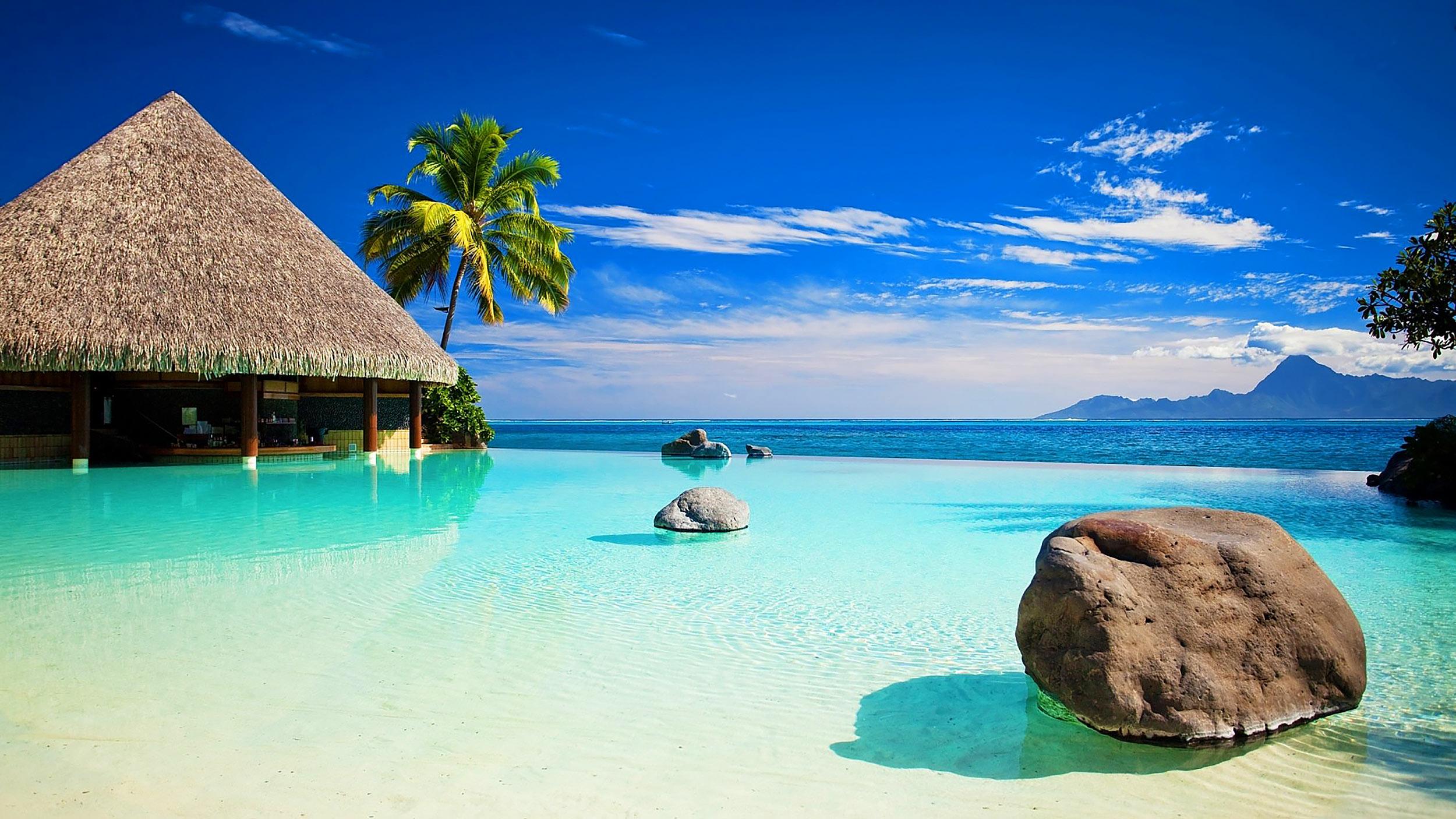 Beautiful Beach Resort Ocean View Of Infinity Pool